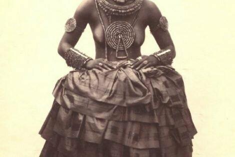Ibibio women with a wedding-dress